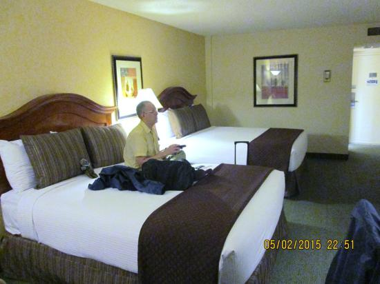 Red Lion Hotel Seattle Airport: room