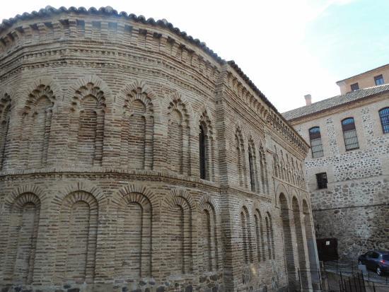 Beautiful. - Picture of Iglesia de Santiago del Arrabal ...