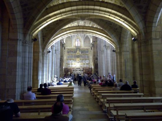 Iglesia - Foto van Museo Panteon San Isidoro de Leon, Leon ...