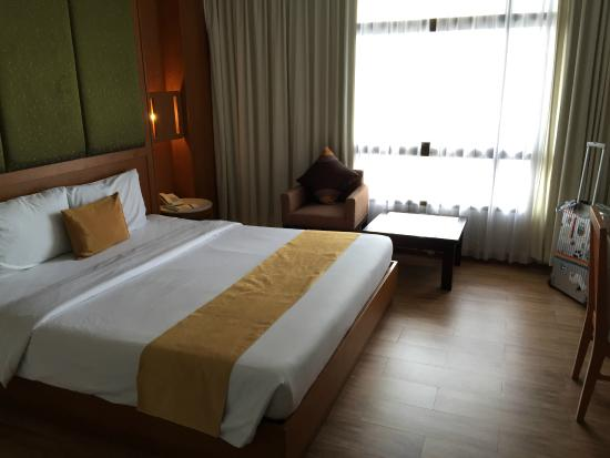 Pinnacle Lumpinee Park Hotel: pinxxx room
