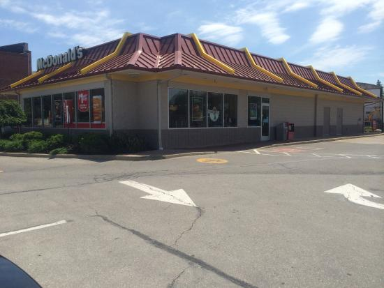 New London, OH: McDonald's