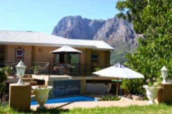 Pniel, Südafrika: View from pool area