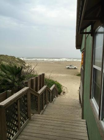 The Beach Lodge: right on the beach