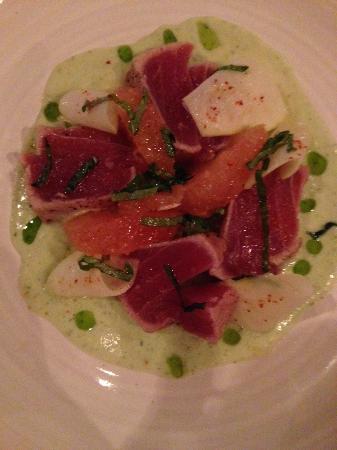 Domaine Hudson: Tuna