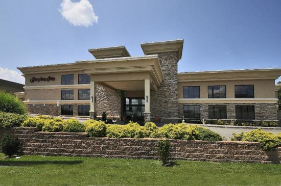 Hampton Inn Jericho - Westbury: Hotel Entrance