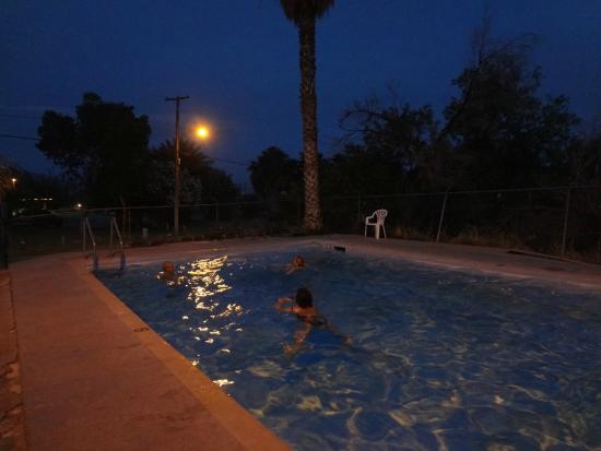 Shoshone Inn: Swimming pool