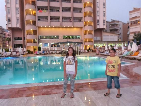 Hotel Happy Elegant: Tatil