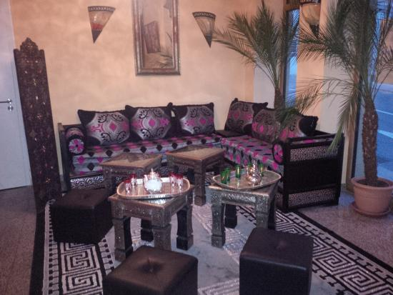 coin salon marocain photo de au riad du maroc dudelange. Black Bedroom Furniture Sets. Home Design Ideas