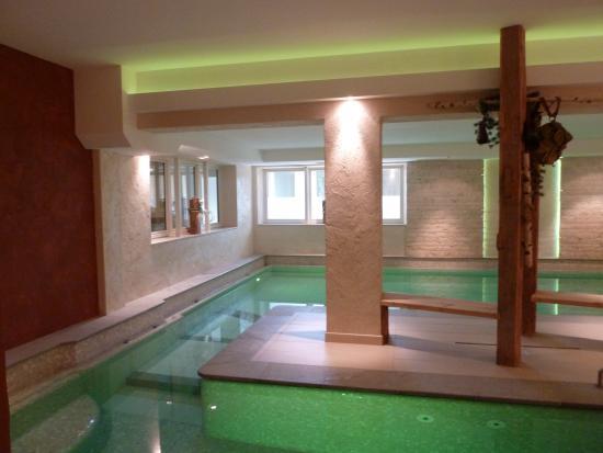 Hotel Salten: Schwimmbad/Whirlpool