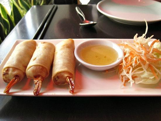 Chantek: Deep-fried King Prawn Spring Rolls