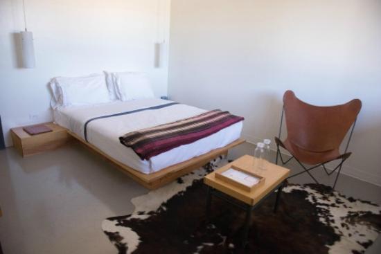 Thunderbird Hotel: Inside Room