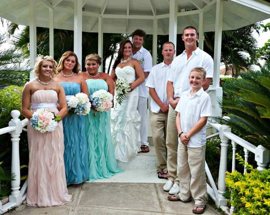 Sunscape Splash Montego Bay : The Wedding gazebo.... gorgeous and secluded!