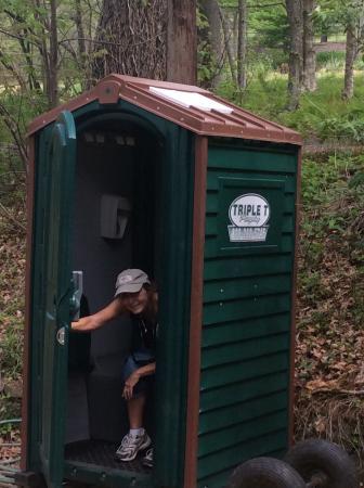Daniel Boone Native Gardens: Log cabin