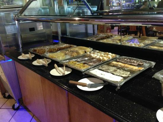 DW's Grill Mongolian BBQ: Selection of desserts.