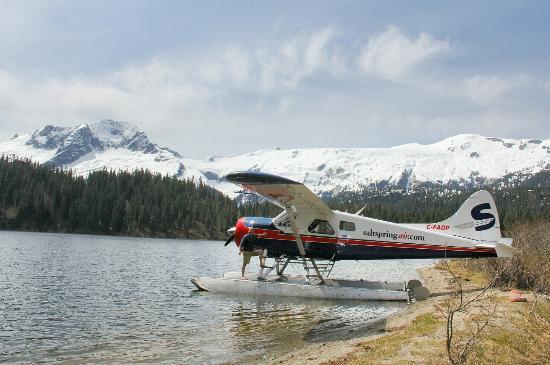 SaltSpring Air Tours : Phantom Lake