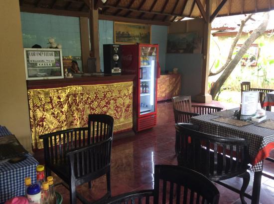 Ayu Beach Inn : Кафе
