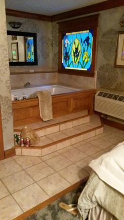 Angel at Rose Hall Bed and Breakfast: Wonderful tubs