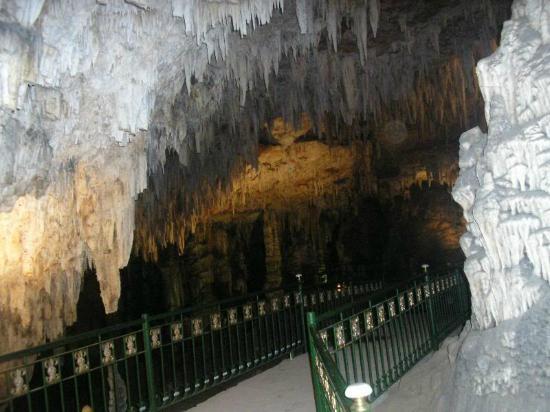 Les Grottes de Beni Add: 1