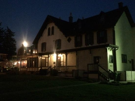 Rupp House at night on a ghost tour