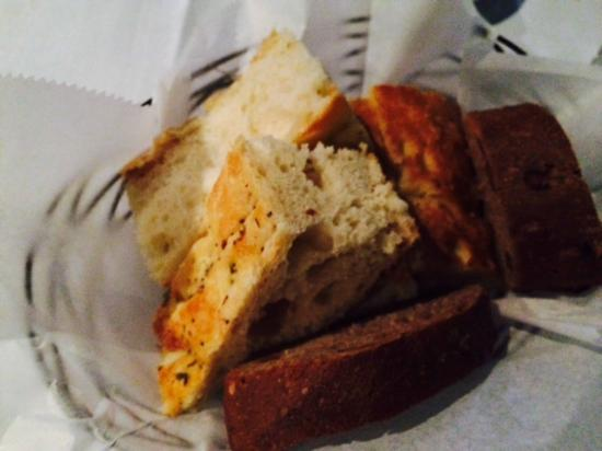 A la Lucia: fresh bread