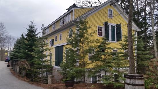 Three Chimneys Inn: Outside of the Inn