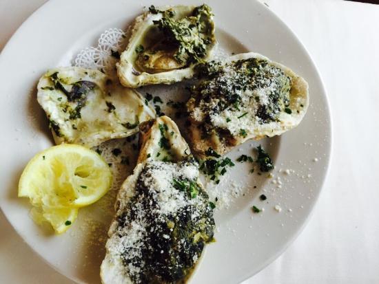 Michael's: Oysters rockefeller