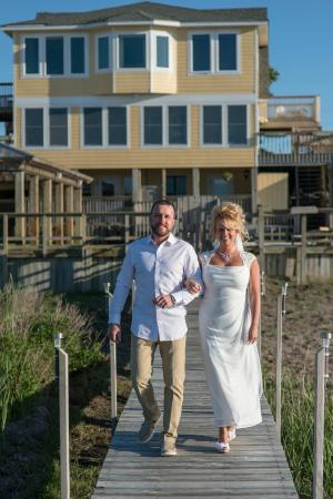 The Inn on Pamlico Sound: Newlyweds