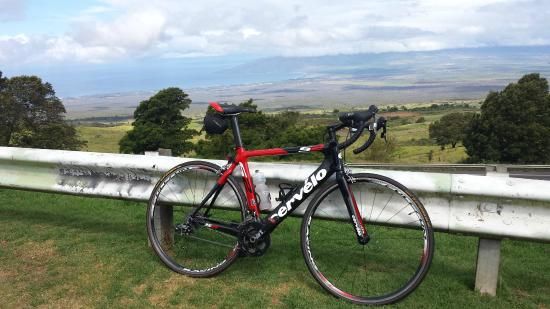 Go Cycling Maui- Day Tour: View from upcountry ride