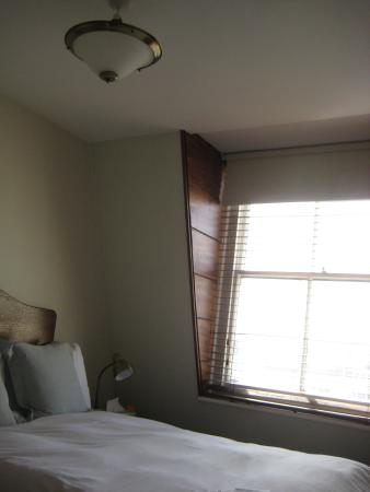 Brighton House: Budget single room