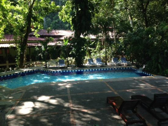 Hotel Club Punta Leona Piscina Cerca Del Comedor