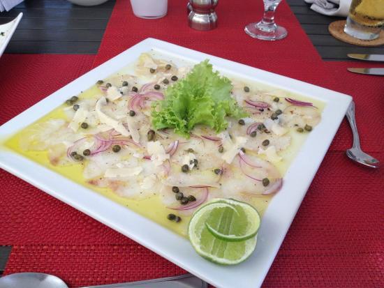 Elements Hotel Boutique: Fish dish