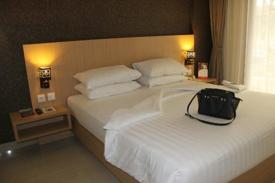 Beberapa foto lokasi, breakfast dan staff saat kami stay di swiss-bellinn seminyak, Bali ��