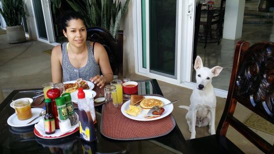Playa Yankee, نيكاراجوا: Breakfast with Chele