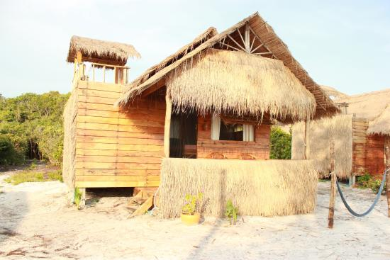 frong of bungalow with balcony