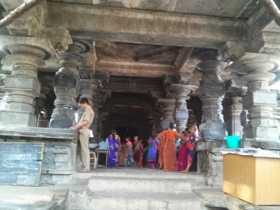 Thousand Pillar Temple: Temple