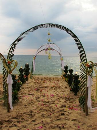 Cassia Cottage - The Spice House: Beach Wedding Event