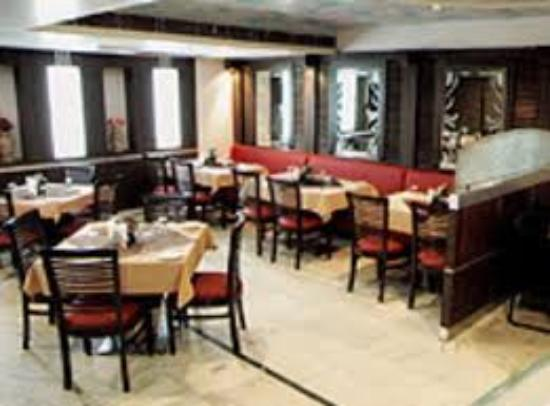 Hotel Randhawa International : Restaurant