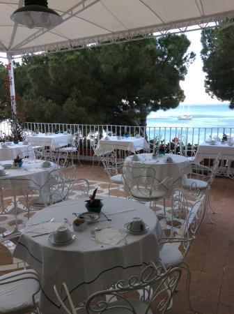 Residence Amalfi un po': Breakfast verandah