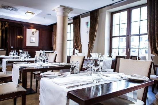 Radisson Blu Hotel Gdansk: Restaurant Verres en Vers