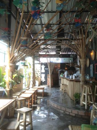 Sabai Bar