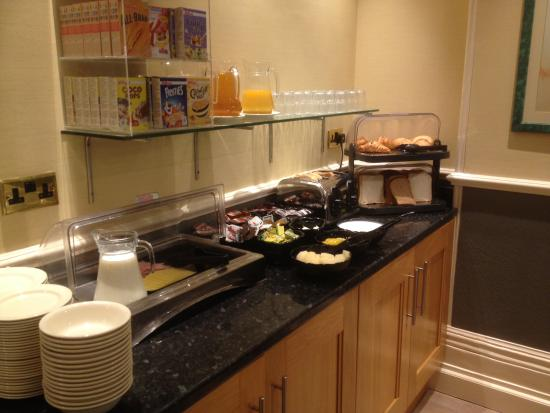 Hotel Columbus: Breakfast Buffet