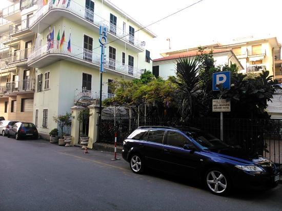 Hotel Villa Luisa : esterno hotel