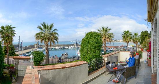 La Locandiera: Blick von Terrasse der Suite
