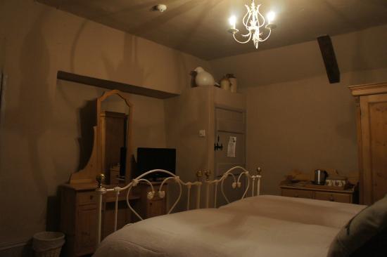 Gin Trap Inn: Deluxe Twin Room