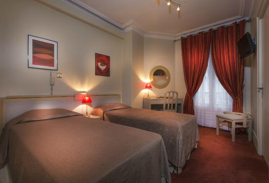 Hotel Donjon Vincennes: Twin