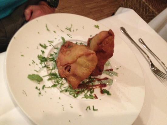 Nirvana - The Indian Restaurant : Mit Erdäpfeln gefüllte Teigtaschen
