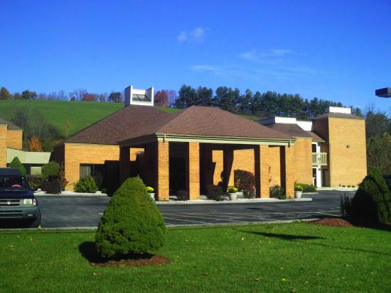 Comfort Inn Bluefield: exterior view