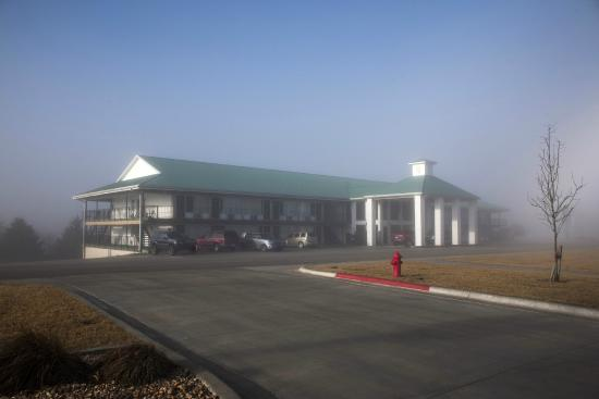 Notch Inn And Suites