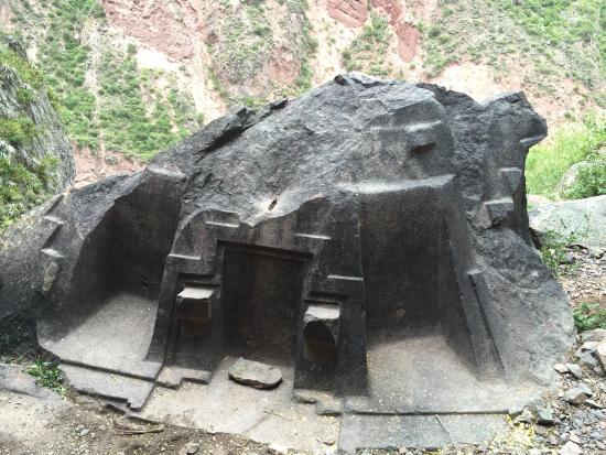 Risultati immagini per Naupa Huaca