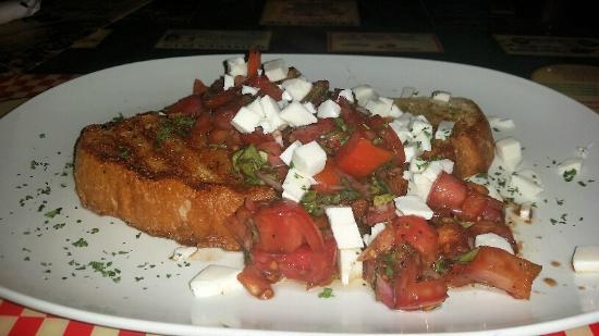 Nino's Italian Restaurant Lakewood Park